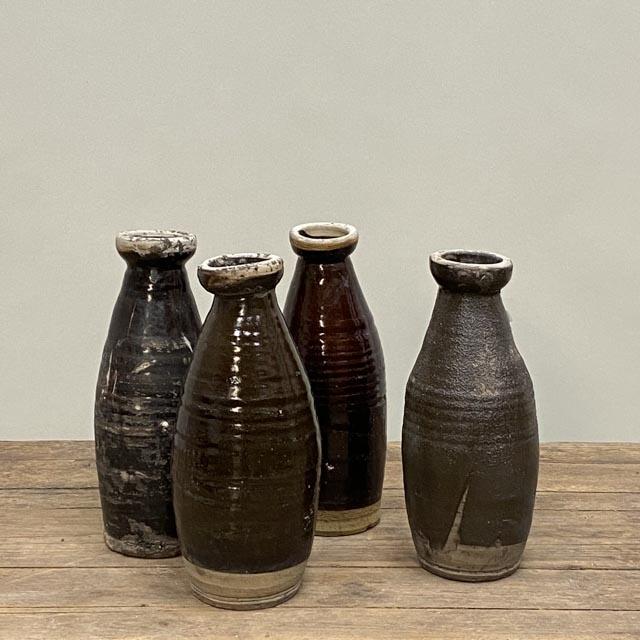 Long ceramic kitchen oil jars
