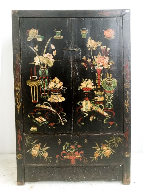 Qing dynasty painted cabinet