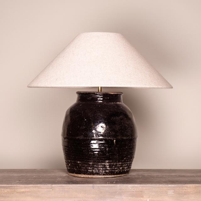 Dark glazed ceramic table lamp