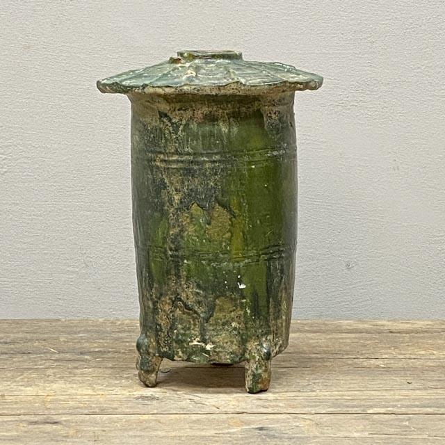 Dark green Han dynasty granary pot