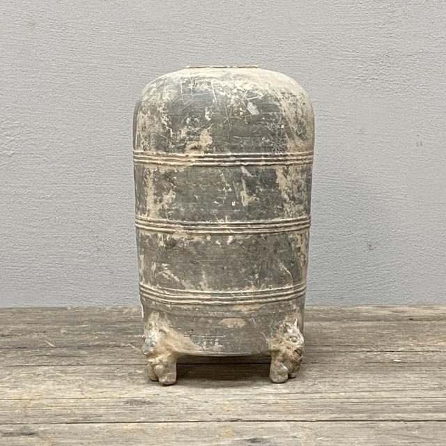 Grey Han dynasty granary pot